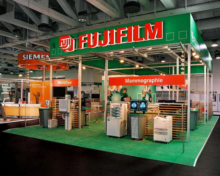 Messestand Fujifilm